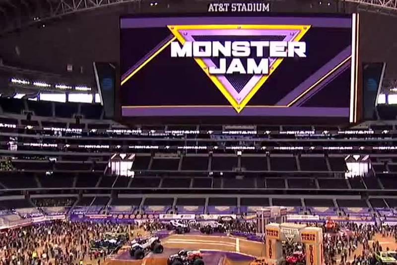 Monster Jam Full Capacity