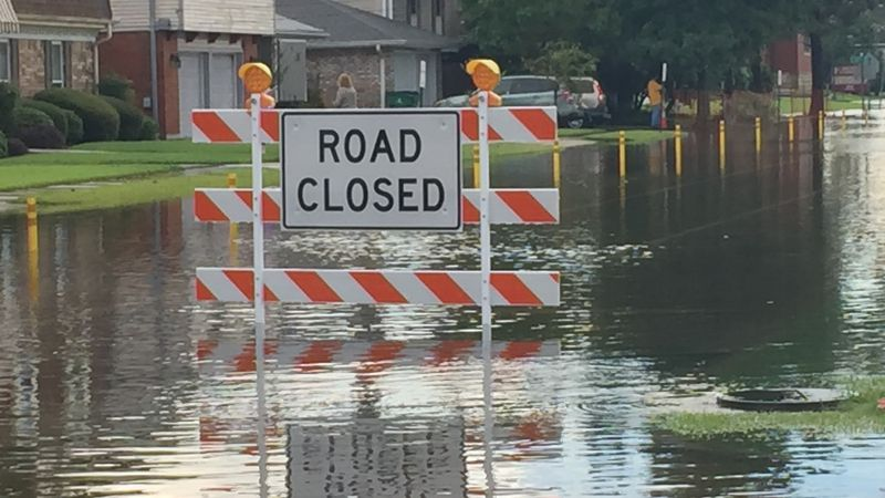Cleary Avenue floods during heavy rains in Metairie Sunday (Aug. 4)