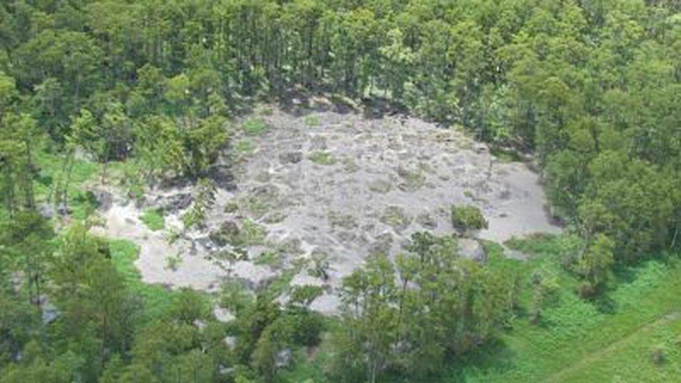 Sinkhole near Bayou Corne (From WBRZ)