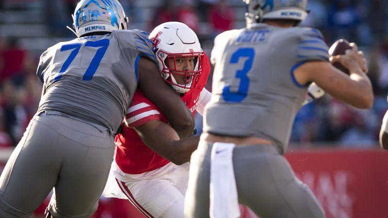 Payton Turner vs. Memphis (Photo by: University of Houston athletics)