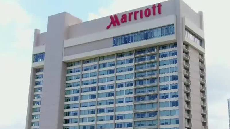 Couple robbed at Marriott