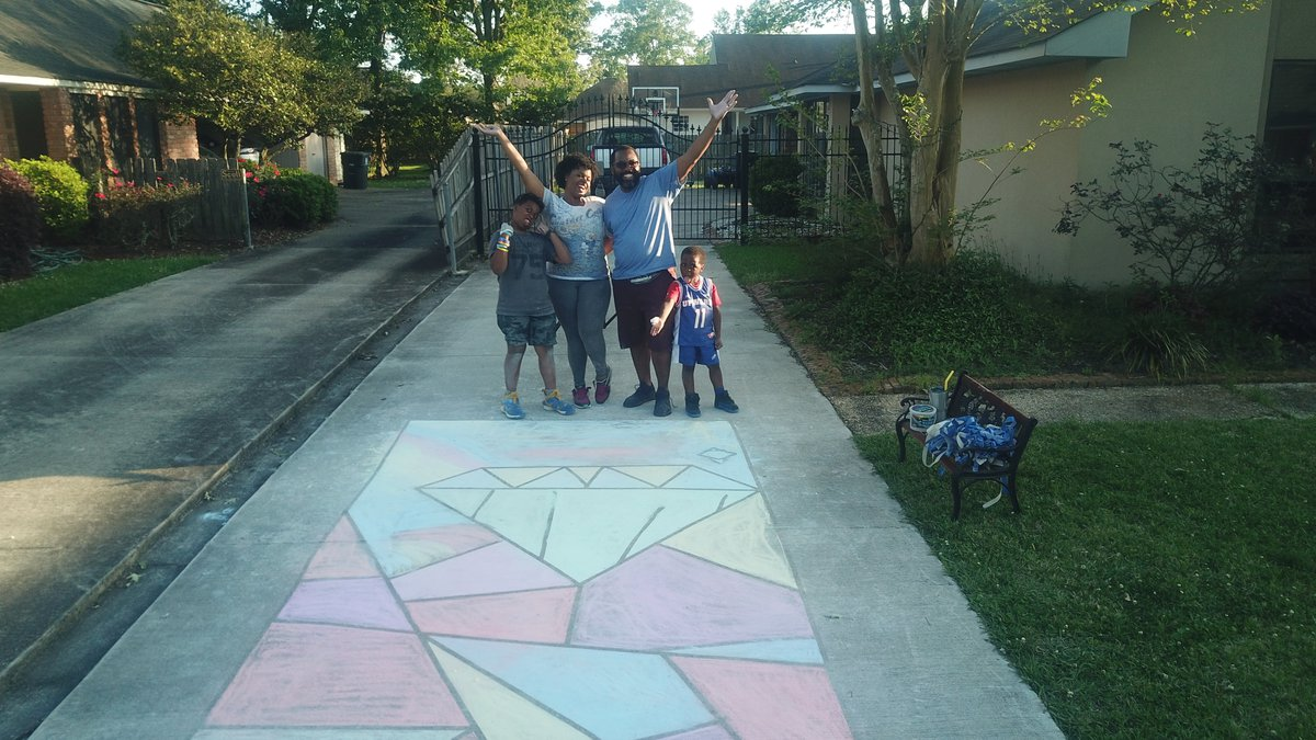 This family from Baton Rouge spent the day decorating the driveway. Just look at those smiles!
