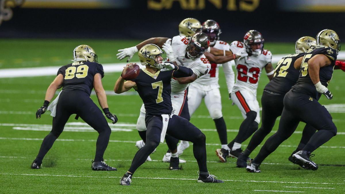Sep 13, 2020; New Orleans, Louisiana, USA; New Orleans Saints quarterback Taysom Hill (7)...
