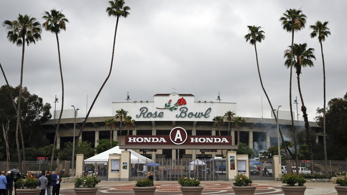 If you plan on traveling to the Rose Bowl for LSU's season opener on Sept. 4, masks will be...