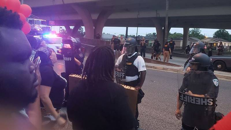 JPSO responds to Marrero protests after crowd approaches Westbank Expressway