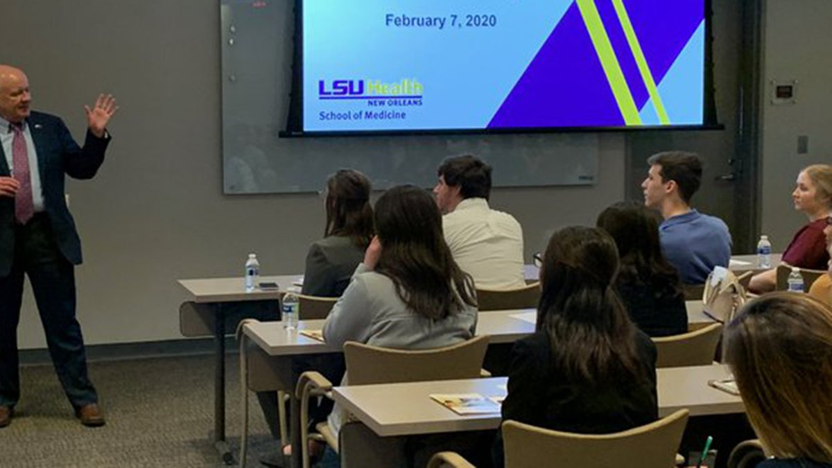 Interim LSU President Tom Galligan announced Monday that LSU will not require students to be...