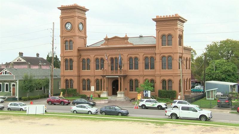 Algiers Courthouse (FOX 8 image)